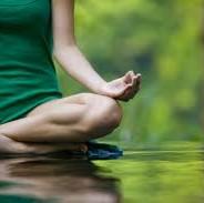 Yoga na Quinta, Quintas-feiras das 18:15 às 19:15 e Sábados das 11:30 às 13:00